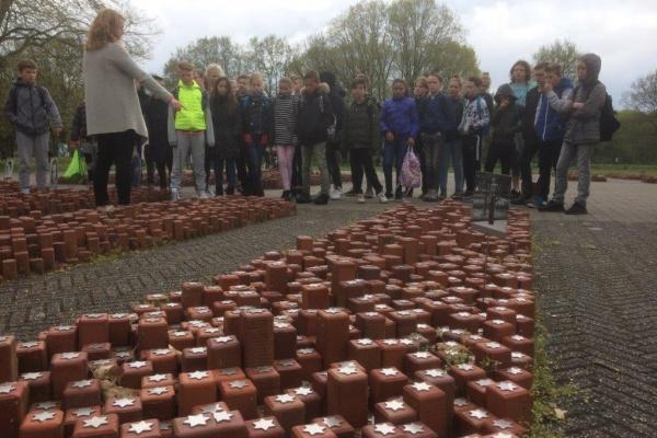bezoek_Westerbork_(26).jpg
